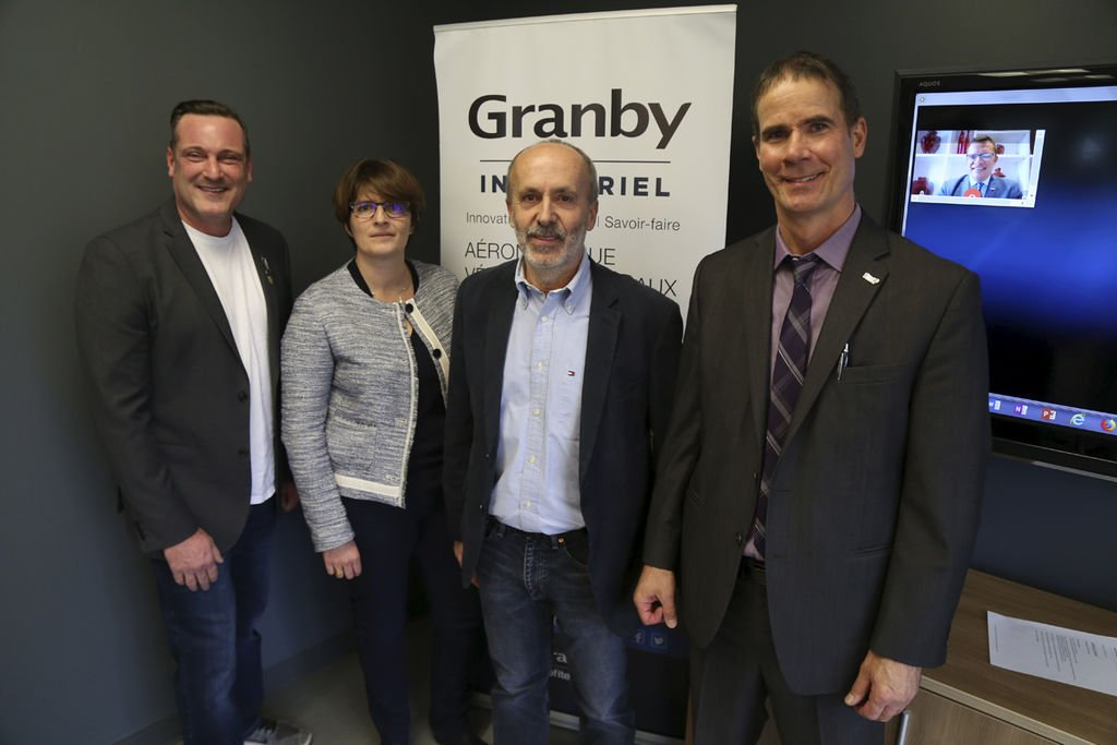 Mayor Pascal Bonin, Laure Prost, Financial Director of Millet Plastics Group, Dominique Millet, President, and Patrick St-Laurent, CEO of Granby Industrial, announced the arrival of the new company. Photo of Janik Marois